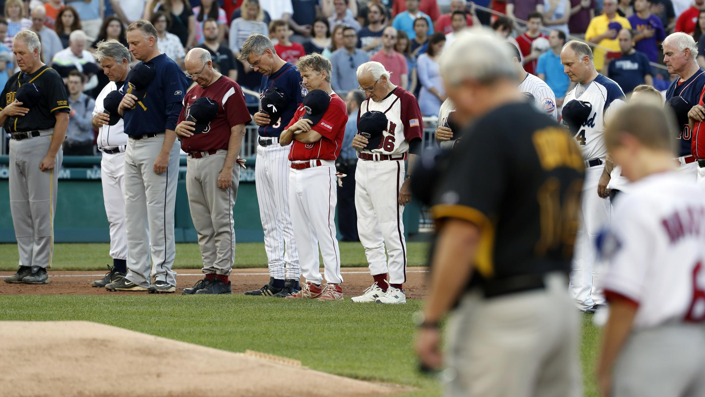 Annual US Congress baseball game brings unity after shooting class=