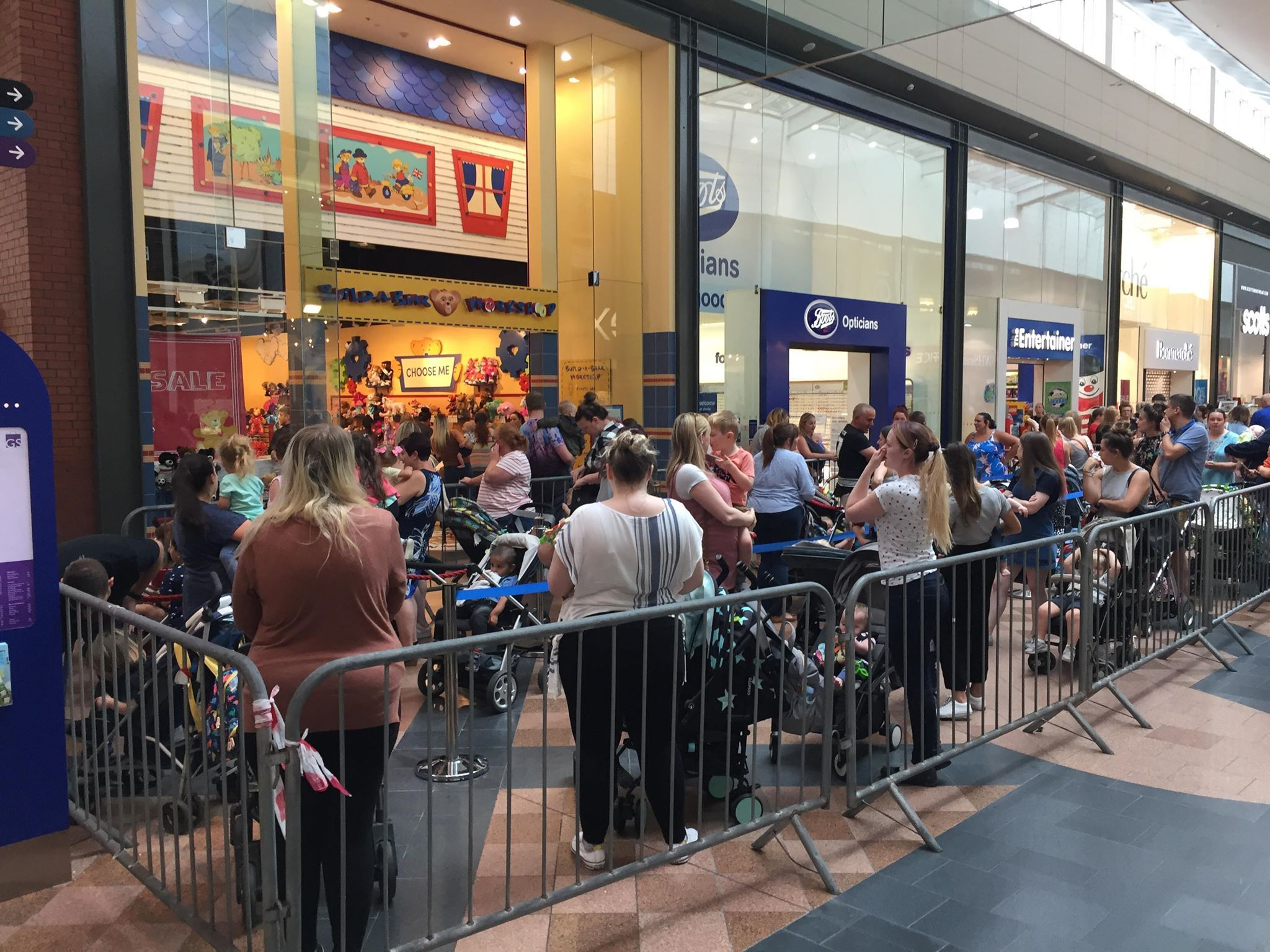 Lines for Build-A-Bear promotion out the door
